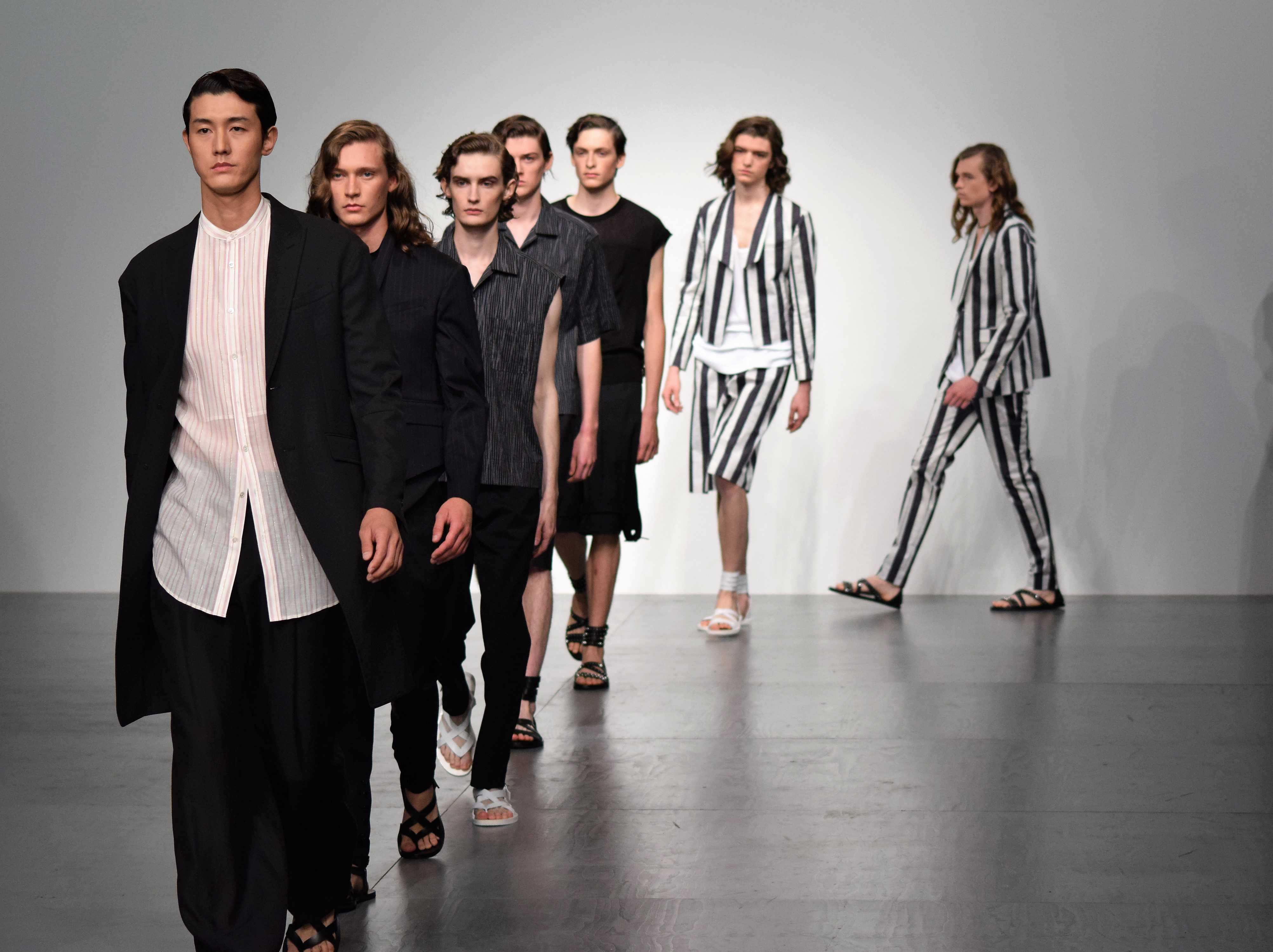 SONGZIO_SS18_London Fashion Week Mens_DistractTV